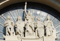 Cinque continenti - Palazzo delle Poste