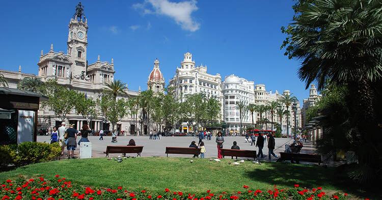 Plaza del Ayuntamiento - Guida Valencia