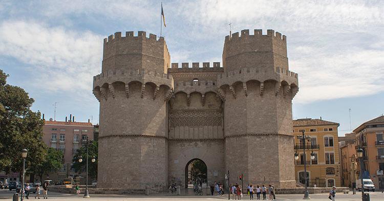 Torres de Serranos - Monumento di Valencia